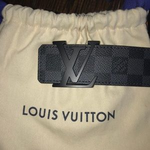 LV men's black belt